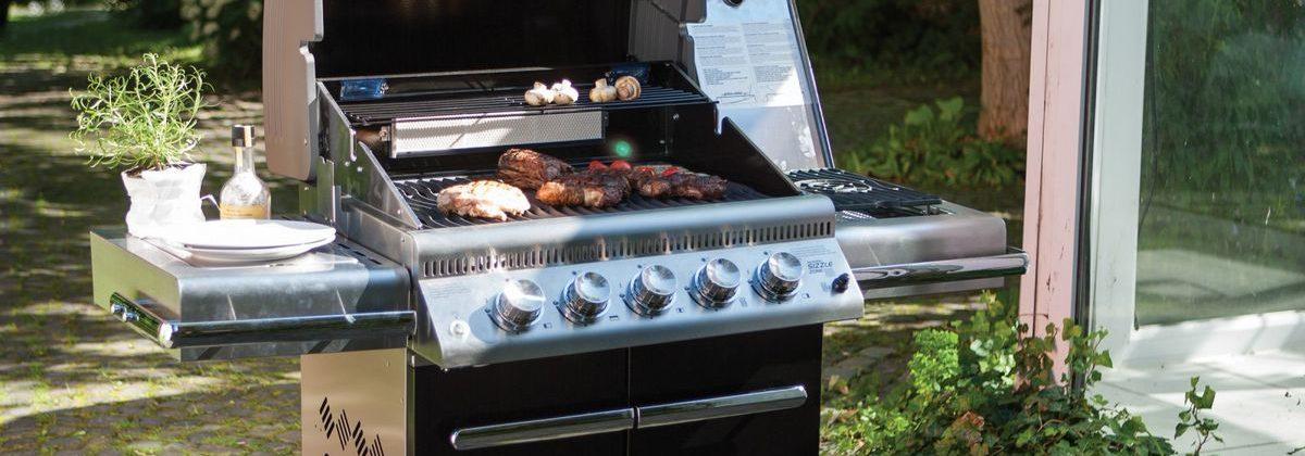חם, מתחמם, לוהט! 5 טיפים מנצחים לצליית בשר על גריל גז